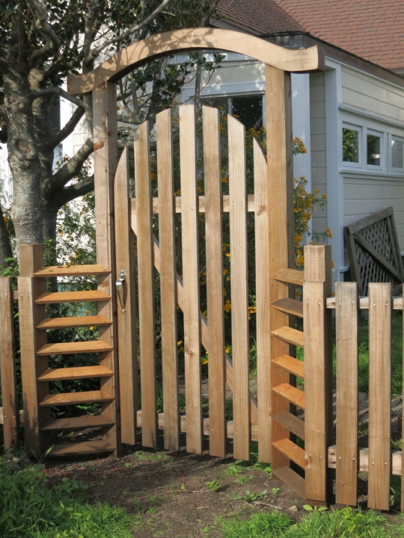 10 wooden gate